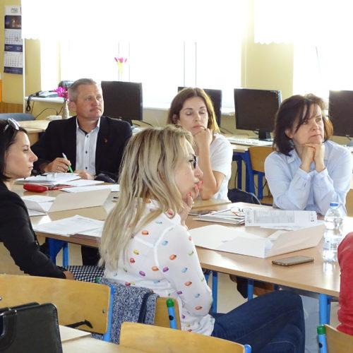 Zmiany w przepisach prawa oświatowego i karty nauczyciela oraz ich konsekwencje finansowe dla niepublicznych placówek oświatowych prowadzonych przez podmioty ekonomii społecznej.