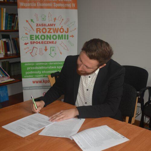 WORK-ON STUDIO Sp. z o.o. non – profit z dotacją.