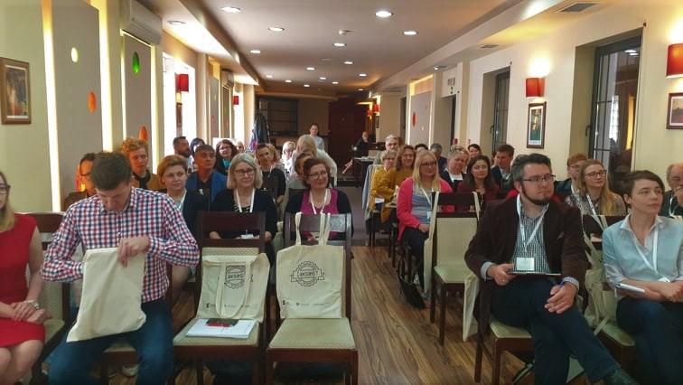 Zdjęcie uczestników konsultacji standardów OWES