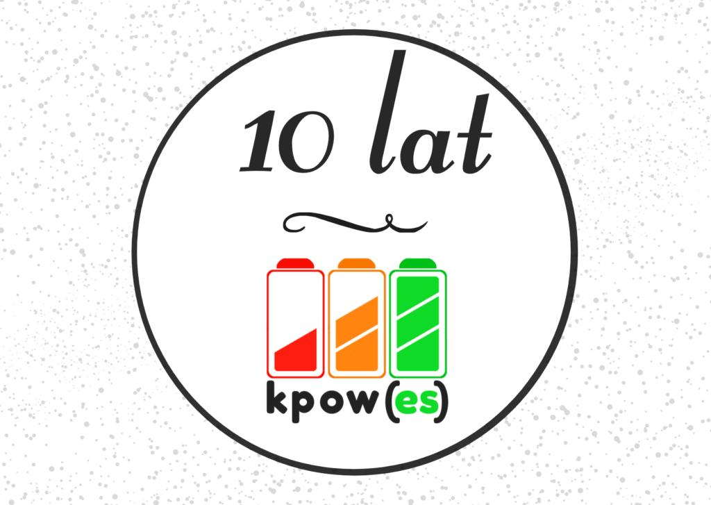 Logo dziesięciolecia KPOWES