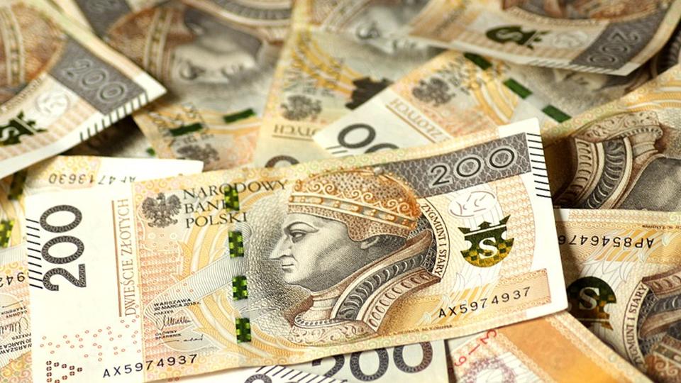 Leżące banknoty dwustu złotowe