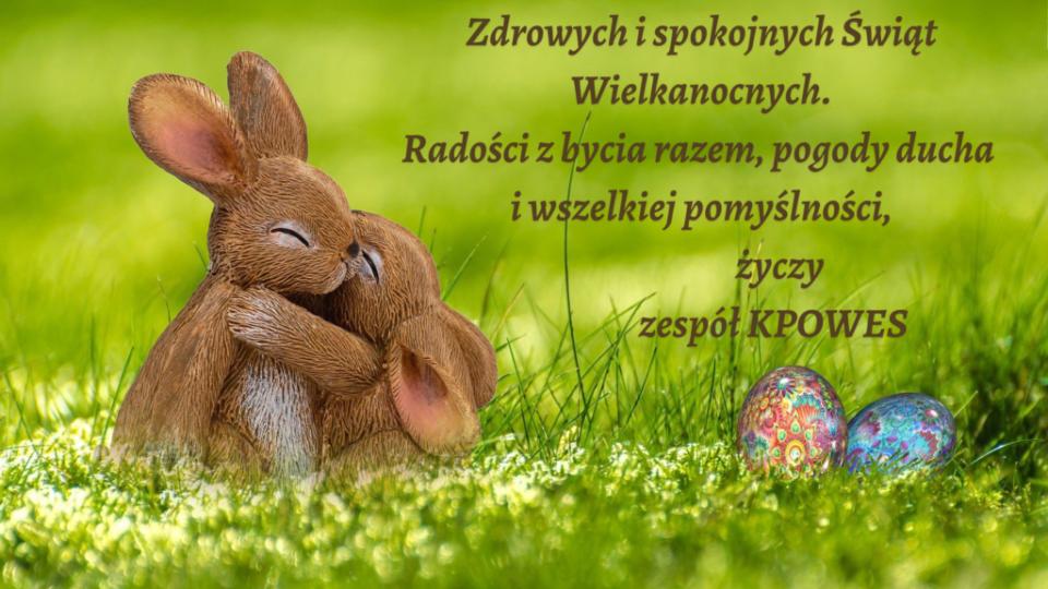 kartka na Wielkanoc, tulące się króliczki i jajko